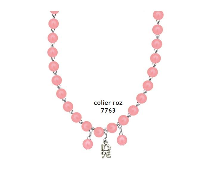 Colier perle roz