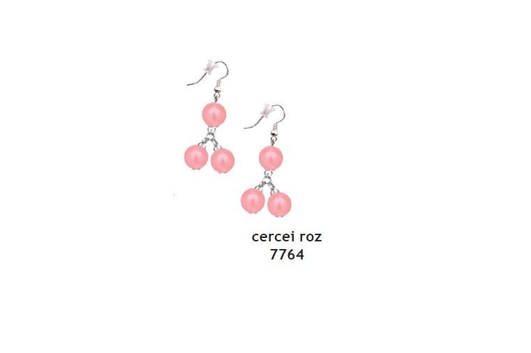 Cercei perle roz