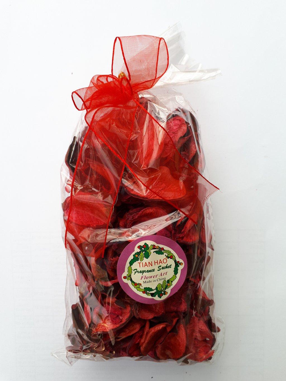 Petale uscate decorative rosu