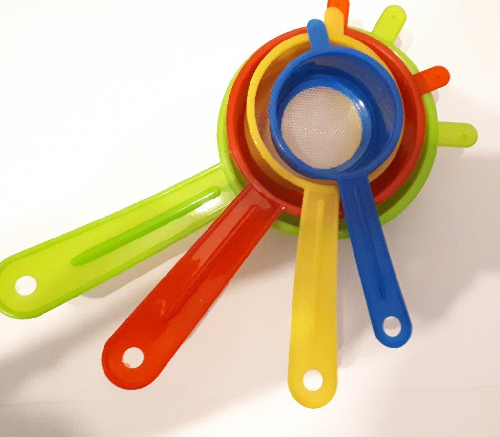 Set 4 strecuratori plastic color